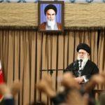 رهبر انقلاب : اگر میخواهید دشمن را از تهاجم منصرف کنید، قوت خود را آشکار کنید