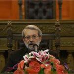 واکنش جالب لاریجانی به سوالی درباره احمدینژاد/ با روحانی رفیق هستم