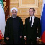 دیدار روحانی و مدودیف/ تاکید بر گسترش فراگیر روابط دوجانبه و منطقه ای تهران-مسکو