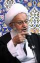 انتقاد آیت الله مکارم شیرازی از وعده های نجومی برخی کاندیداها: تأسف آور است؛ چنین افرادی ریاکار و متقلب هستند