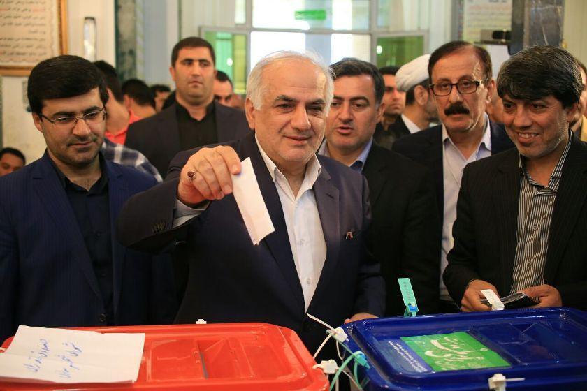 حضور پرشور مردم مازندران پای صندوق های رای