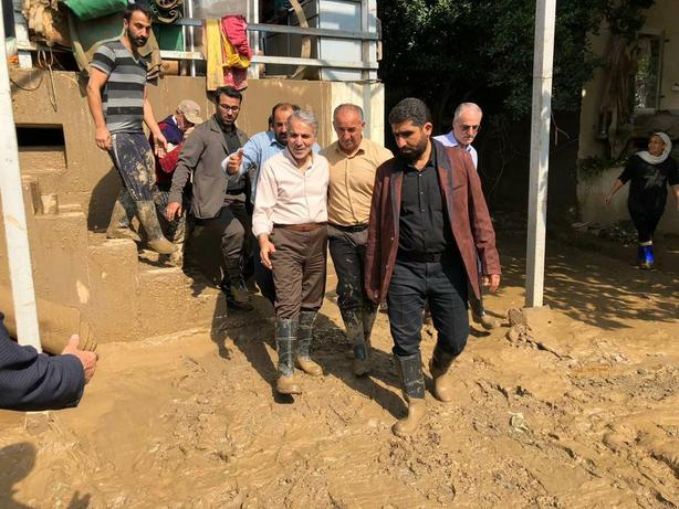 حضور نوبخت در مناطق سیلزده مازندران/تصویر