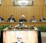 روحانی: فعالیتهای اقتصادی امیدوارکننده است
