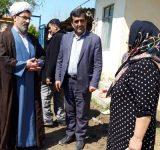 توزیع اقلام غذایی بین سیلزدگان مازندران/ اسکان موقت در اماکن مذهبی